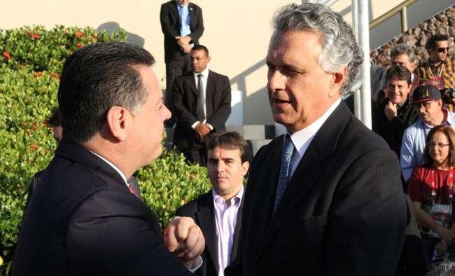 Em Trindade, Marconi e Caiado conversam sobre ocorrido na Venezuela
