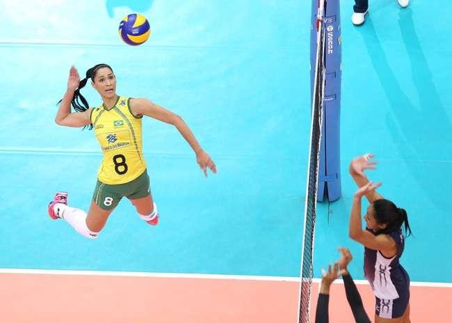 Brasil vira sobre os EUA e vai às finais do Grand Prix