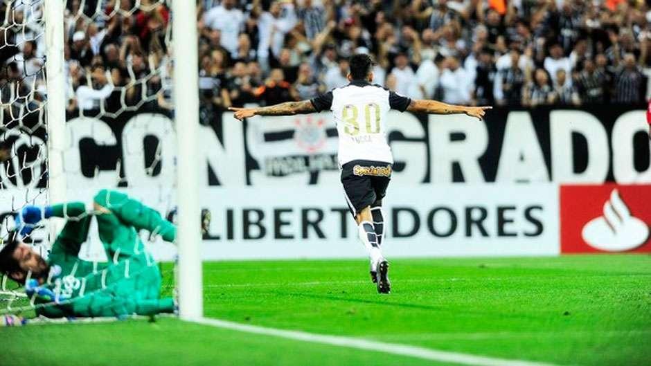 Corinthians vence Cerro Porteno e retoma controle da chave