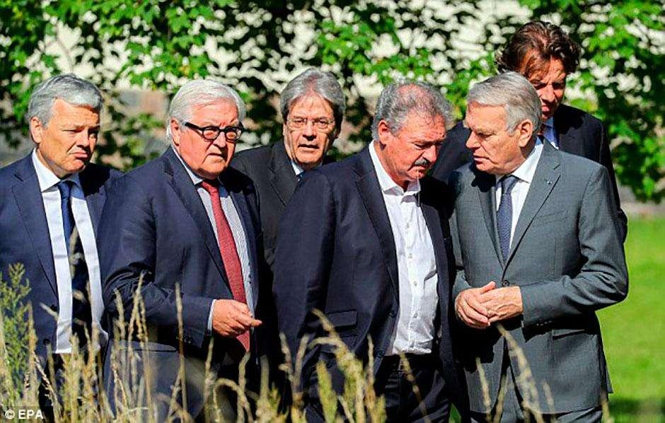 """Lideranças europeias demandam que Reino Unido deixe UE """"o mais rápido posssível"""""""