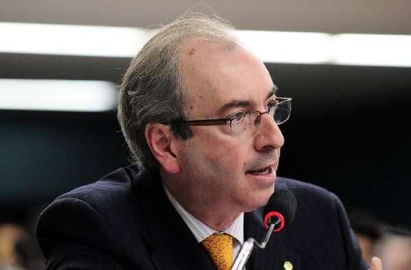 Como o impeachment pode tornar Eduardo Cunha presidente da República