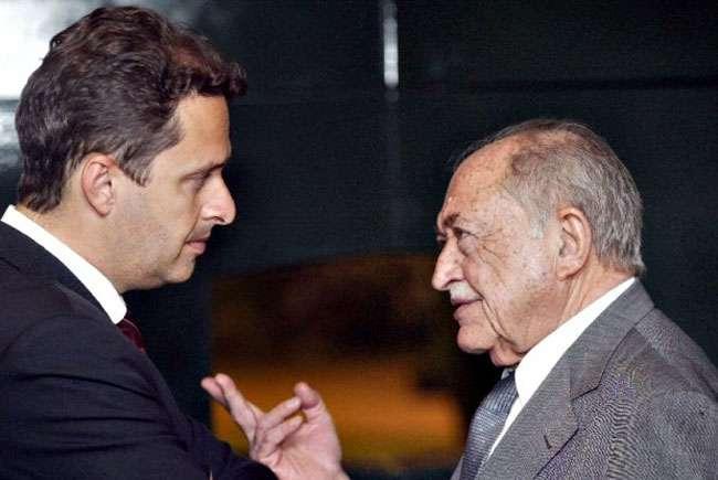 Eduardo Campos morreu no mesmo dia do avô Miguel Arraes