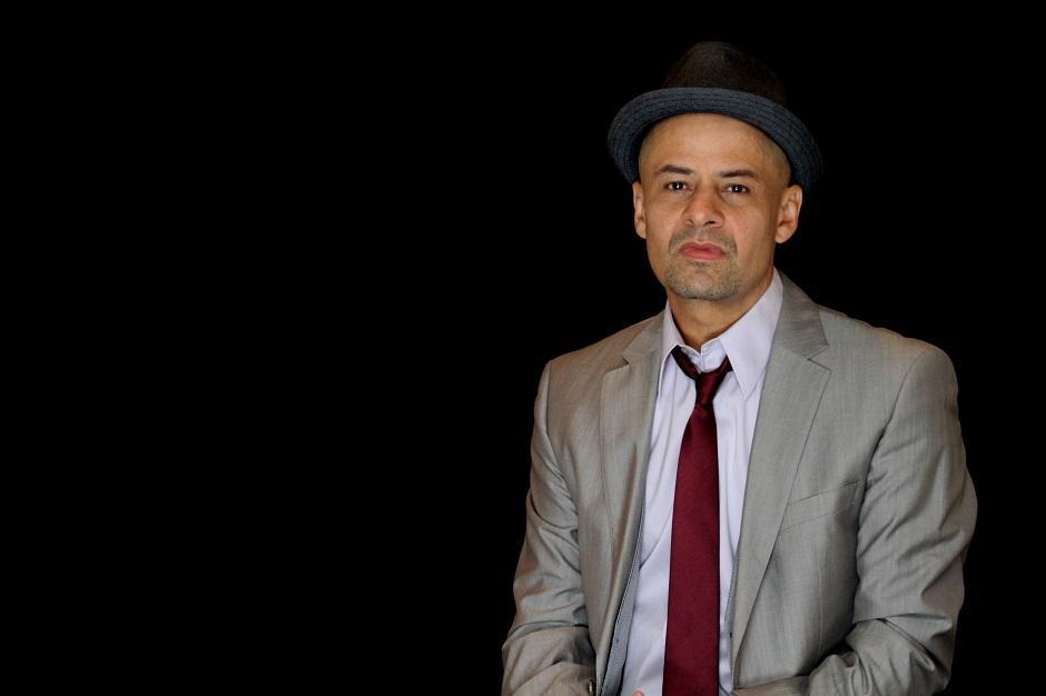 Sérgio Britto, vocalista dos Titãs, faz show no Bolshoi Pub