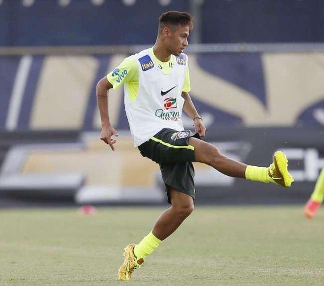 Dunga confirma Neymar como novo capitão da seleção