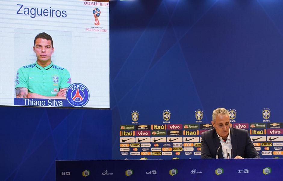 Tite convoca seleção com Thiago Silva, Oscar e Alex Muralha
