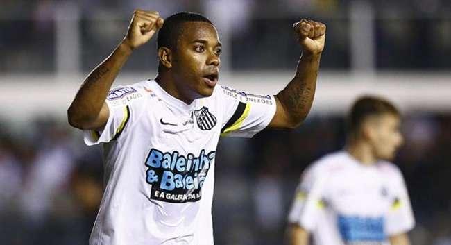Robinho brilha e Santos avança na Copa do Brasil
