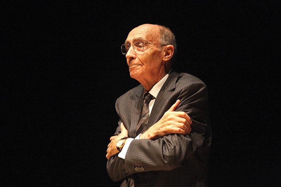 História Hoje: Escritor português José Saramago nascia há 94 anos