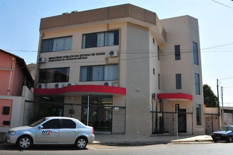 Operação prende empresários de Anápolis acusados de fraude em licitações