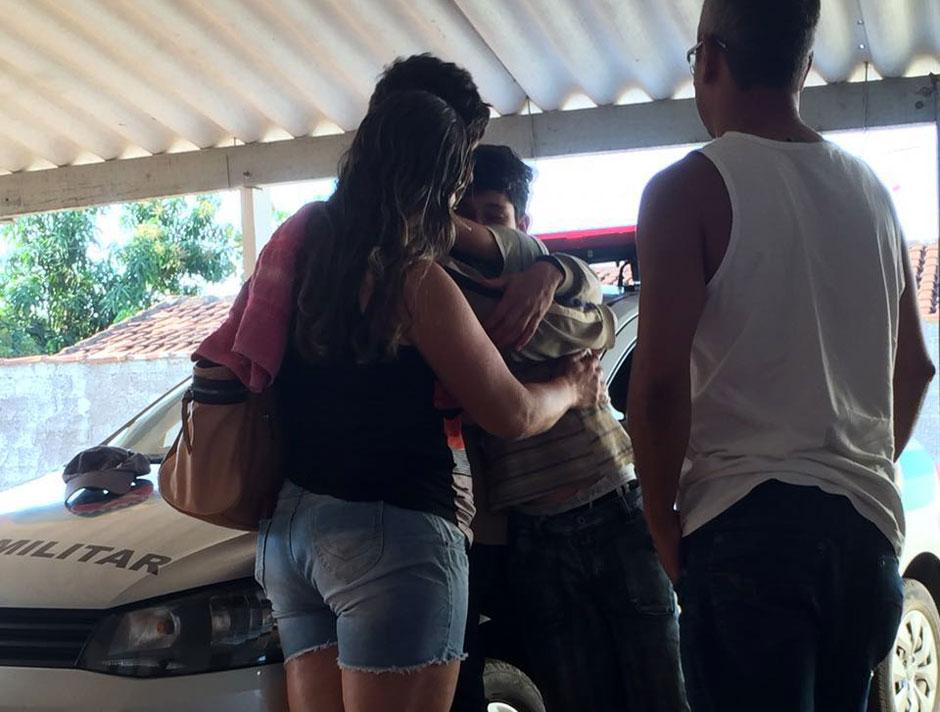 Estudante desaparecido em Jaraguá é encontrado em fazenda de São Francisco