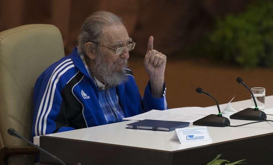 No aniversário de 90 anos, Fidel Castro critica Obama