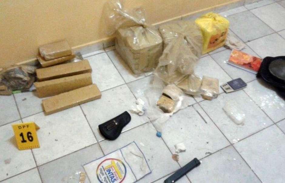 Polícia Federal e Polícia Militar fazem operação contra tráfico de drogas e armas em Anápolis