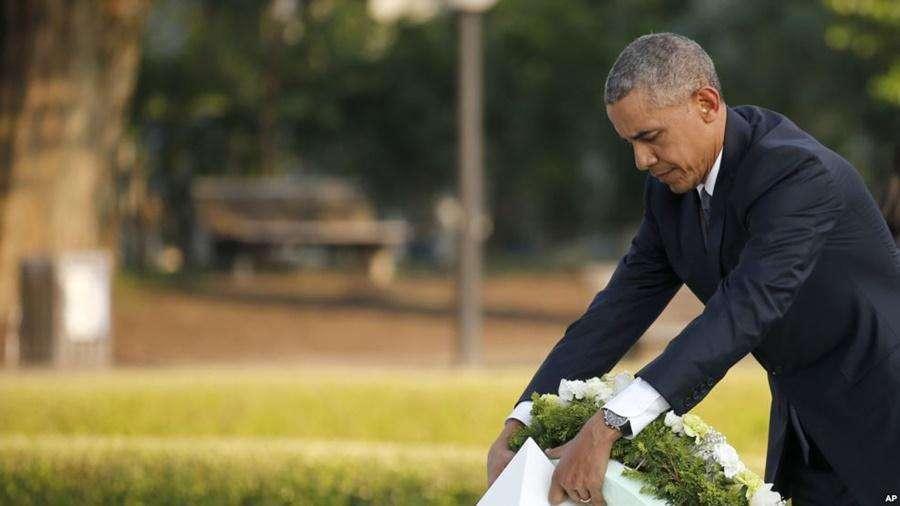 Em visita histórica a Hiroshima, Obama lamenta mortes, mas não pede desculpas