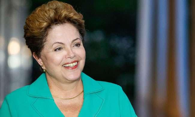 Dilma ironiza proposta de Aécio sobre fim da reeleição