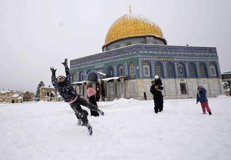 Tempestades de neve cobrem Israel, Jordânia e Líbano