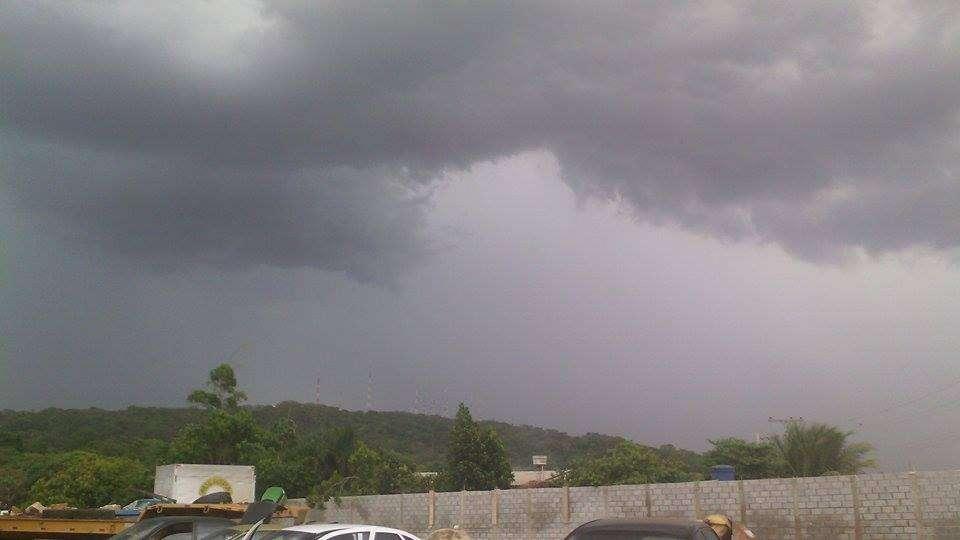 A segunda-feira será de chuva em todo o Estado