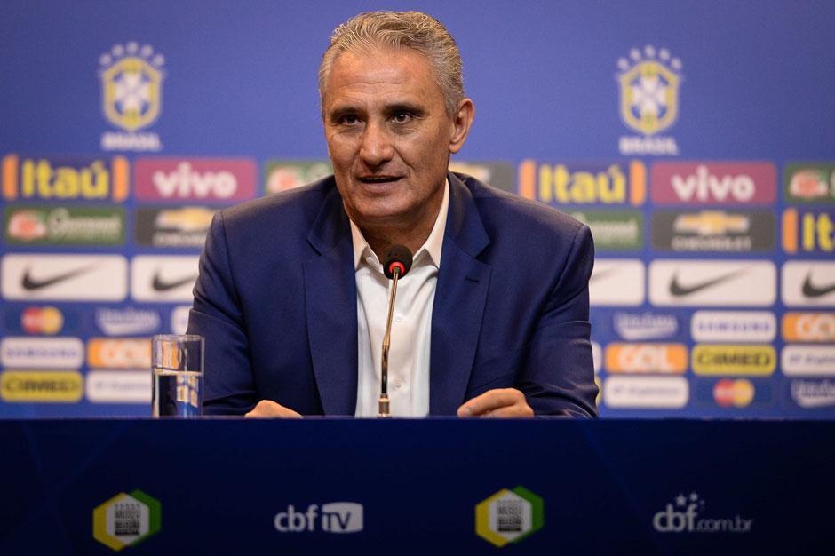 Em lista com Paulinho e Fagner, Tite chama sete campeões olímpicos para seleção
