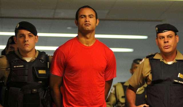 Goleiro Bruno é transferido para penitenciária no Norte de MG