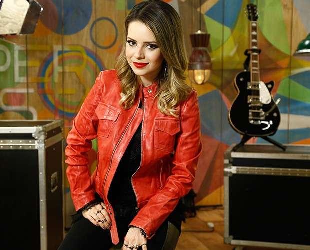 Sandy cria polêmica ao admitir que não gosta de música sertaneja
