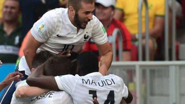 França sofre, mas derrota a Nigéria e avança às quartas