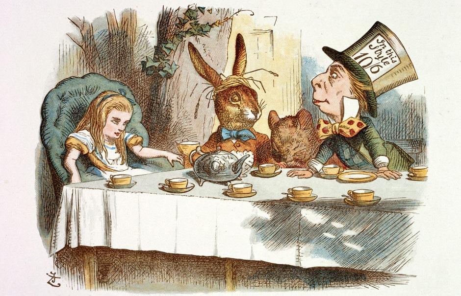 Alice no País das Maravilhas é encenada gratuitamente no Goiânia Ouro