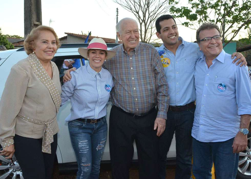 Valéria Perillo faz carreata em Senador Canedo