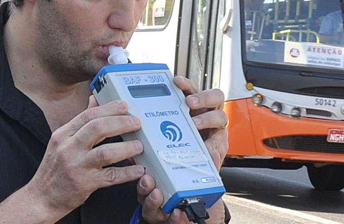 Balada Responsável prende 34 motoristas alcoolizados