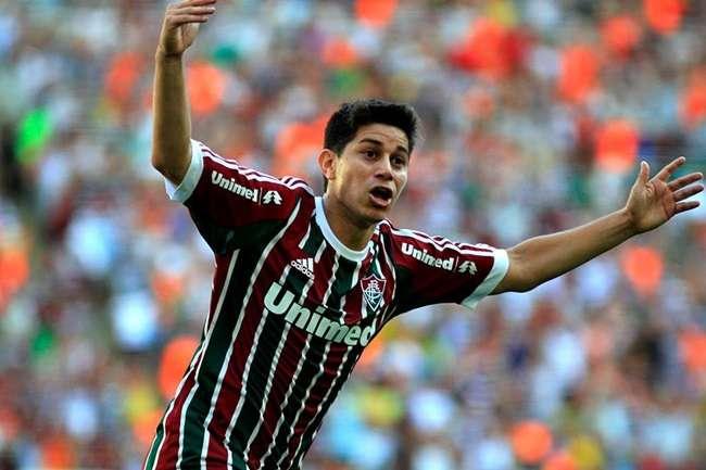 Com gol no fim, Fluminense empata com o líder Cruzeiro