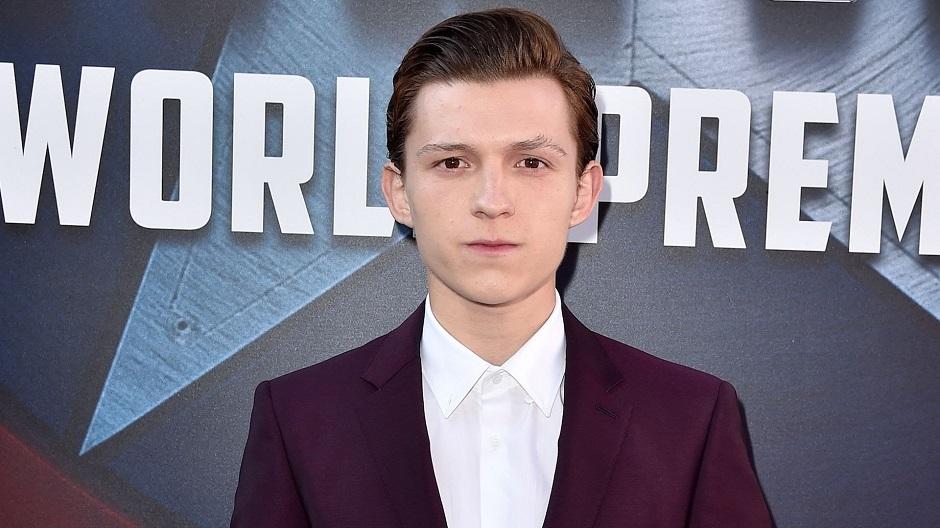 Tom Holland pode estrelar filme ao lado de Benedict Cumberbatch