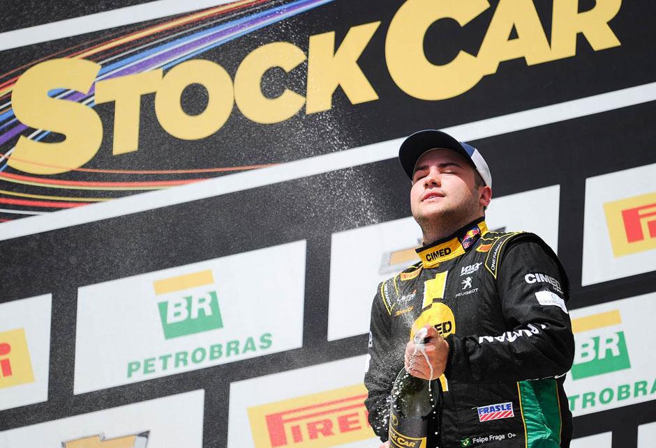 Felipe Fraga chega em 10º em Interlagos e é campeão da Stock Car