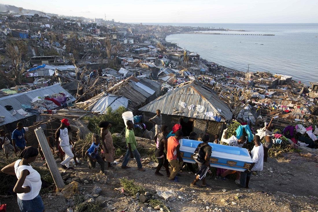 ONU pede doações para ajudar vítimas do furacão Matthew no Haiti