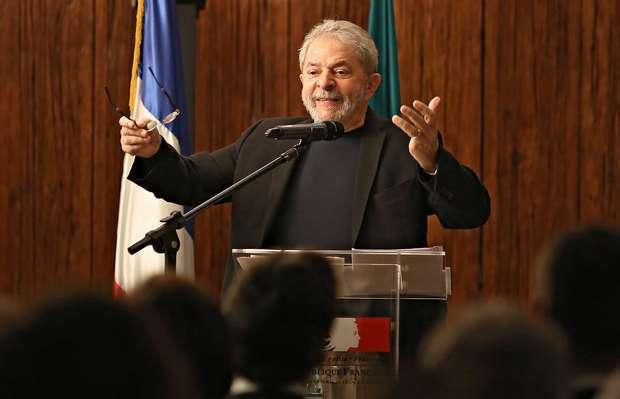 STF autoriza que ex-presidente Lula seja ouvido pela PF