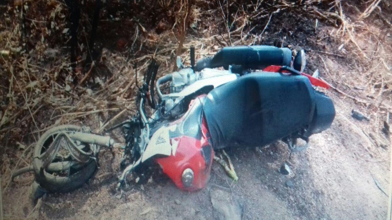 Motociclista morre em colisão frontal na BR-153, em Uruaçu
