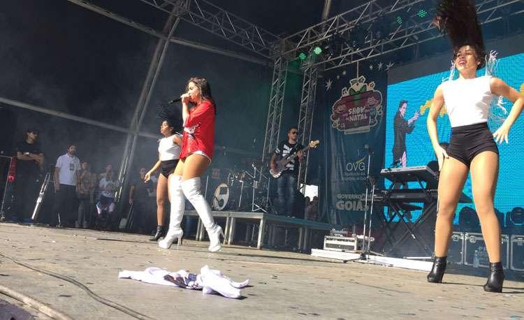 Show de Anitta teria atraído público maior que o de Paul McCartney ao Serra Dourada