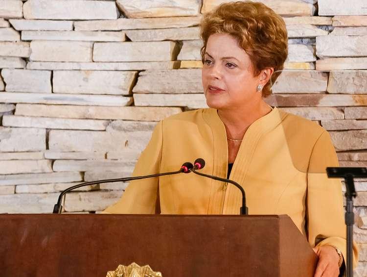 Dilma critica fala de Levy sobre desoneração