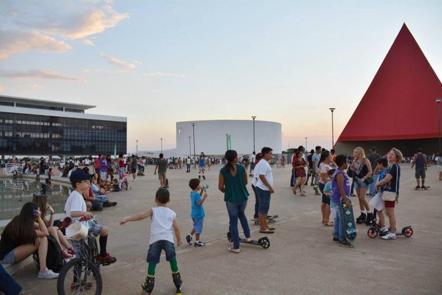 Centro Cultural Oscar Niemeyer fecha em abril para reforma