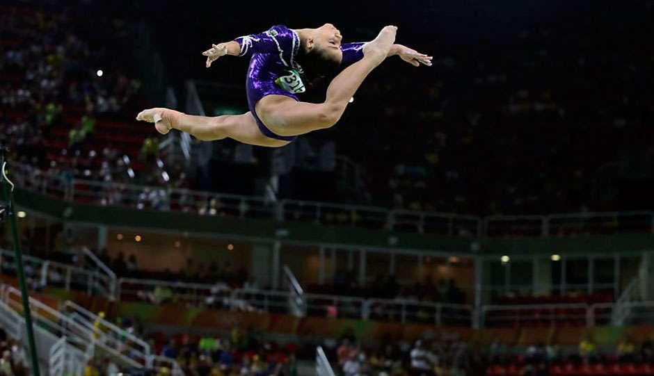 Equipe de ginástica feminina empolga e fica em 4º lugar