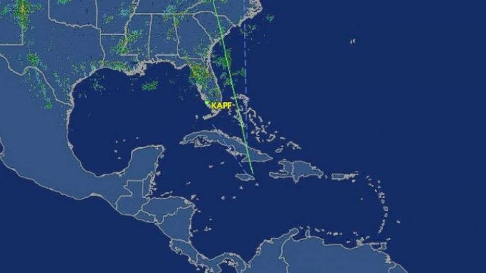 Avião privado dos EUA cai na costa da Jamaica