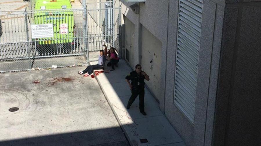 Atirador mata cinco e fere oito em tiroteio em aeroporto da Flórida