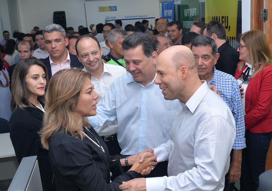 Em Pirenópolis, Marconi e Valéria Perillo inauguram a 74ª agência do Vapt Vupt
