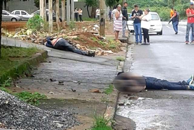 Dois homens são mortos a tiros em rua de Aparecida de Goiânia