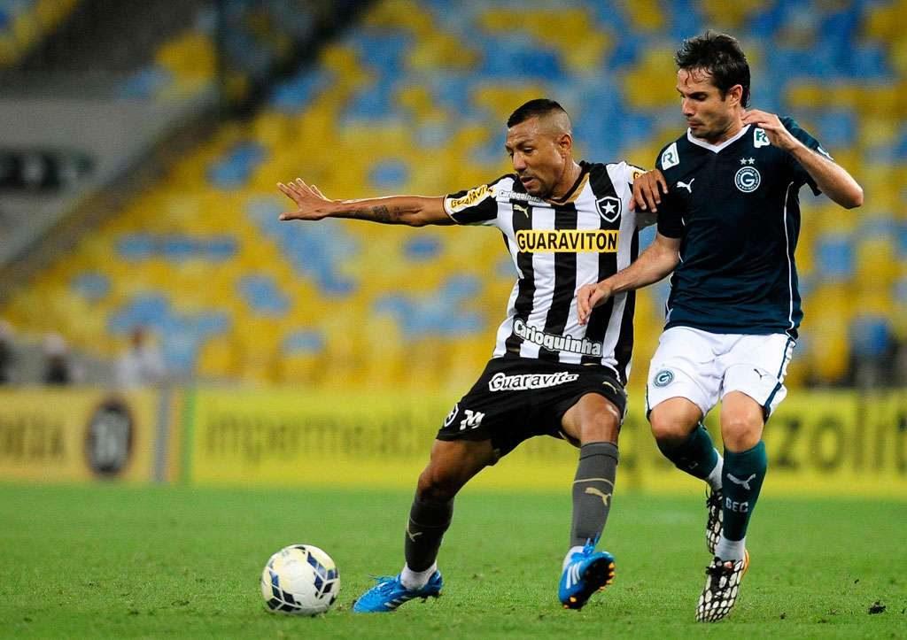 Goiás perde para o Botafogo por 1 a 0 no Maracanã