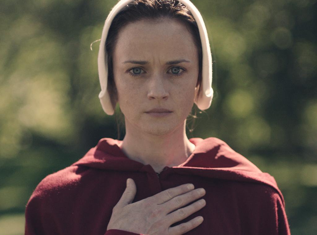 Estrela de Gilmore Girls aparece em primeira foto de A Handmaiden's Tale