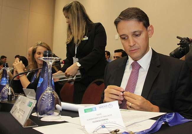 Thiago Peixoto representa Goiás em conselho de administração do Brasil Central
