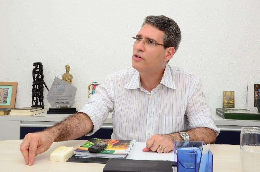 """""""Um político com fé é um político melhor"""", diz Francisco Júnior"""