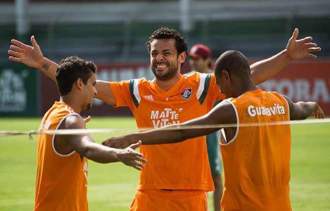 Fluminense faz treino recreativo e esconde substituto de Wagner