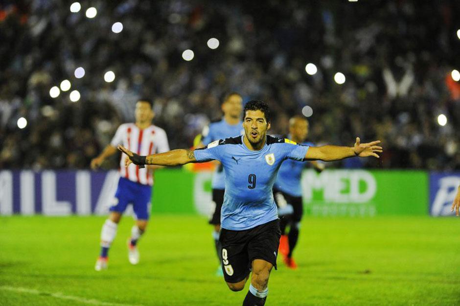 Cavani e Suárez brilham e Uruguai goleia o Paraguai nas Eliminatórias