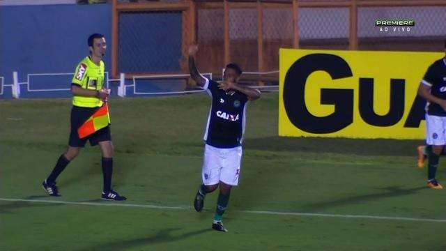 Goiás vence Tupi com gol no finalzinho e deixa zona de rebaixamento da Série B