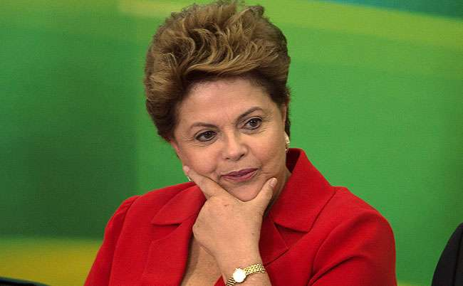 Presidente de Israel liga a Dilma e se desculpa por decalaração de porta-voz