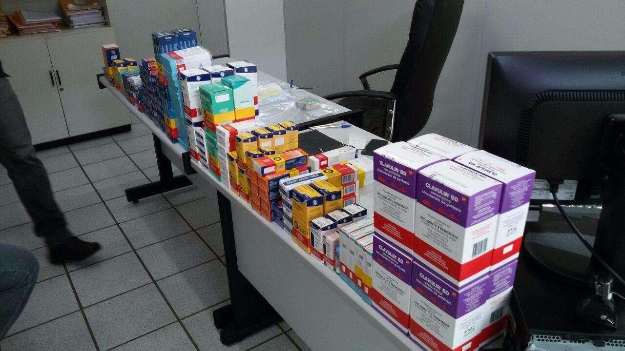 Dois homens são presos por suspeita de fraude no programa Farmácia Popular