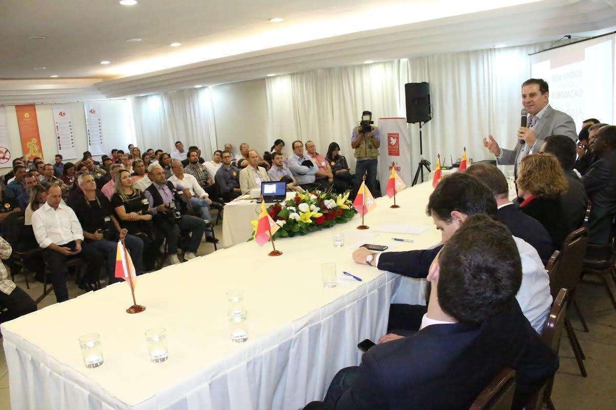 Em evento do PSB, Vanderlan diz que não fará alianças a qualquer custo